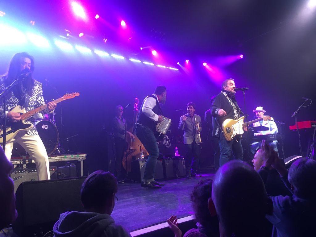 The Mavericks - Gasamtansicht der Band